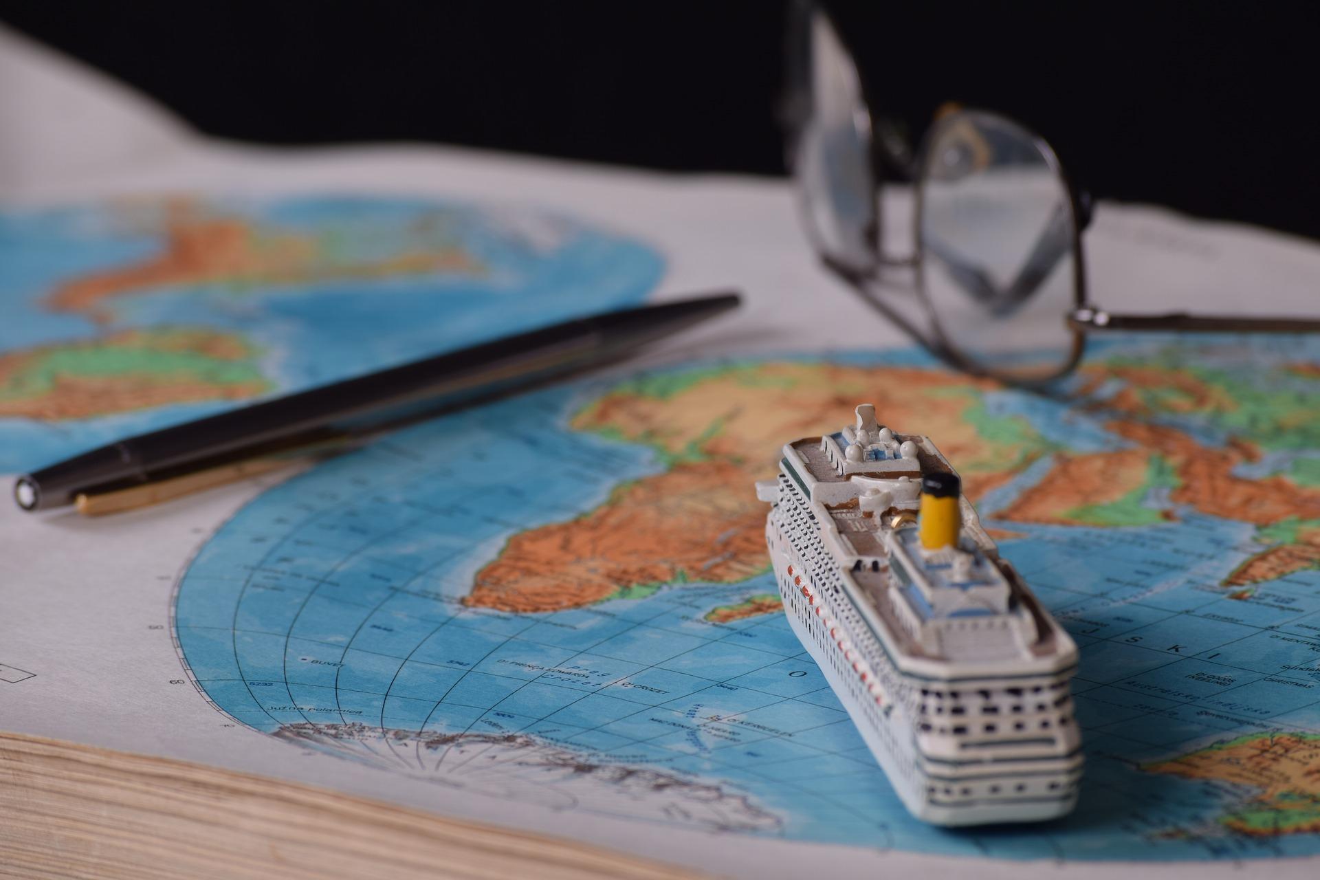 shipping logistics localization